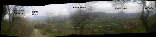 Panorama della valle con l'identificazione dei monti principali